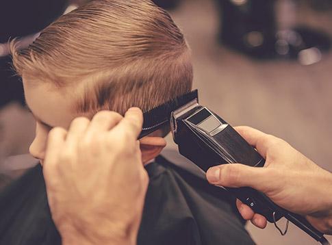 Coupes de cheveux pour enfant à Peypin