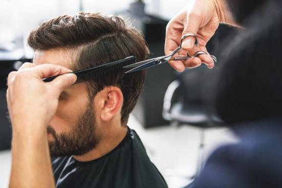 Coupe de cheveux pour homme Auriol